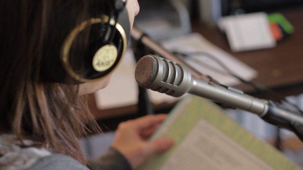 como elegir un microfono para radio