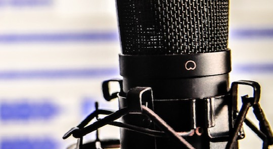 micrófono de cantante