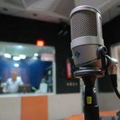 microfono de condensador estudio