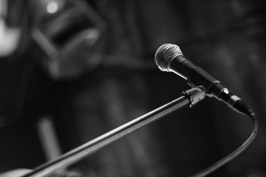 micrófonos dinámicos para cantar