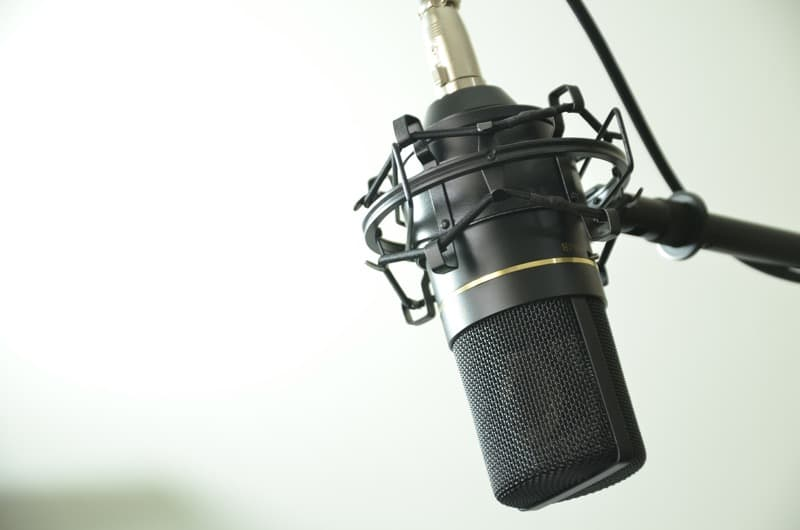 microfono de condensador como funciona